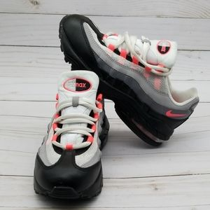 NIKE AIR MAX 95 YOUTH SHOES